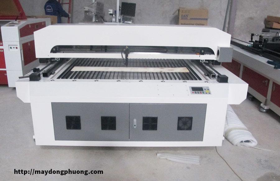 Máy cắt laser 1325 giá rẻ