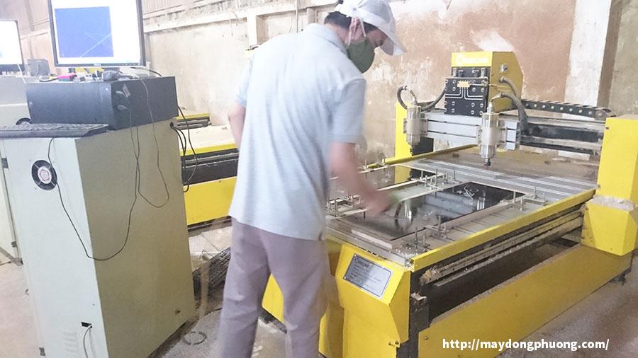 Máy CNC mini giá rẻ