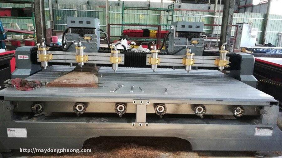 Máy đục tượng CNC kết hợp đục 3d