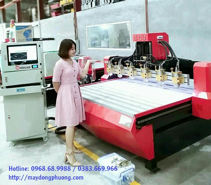 Máy CNC gỗ 3d Đông Phương