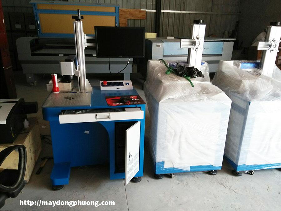 Máy laser khắc kim loại fiber windcam