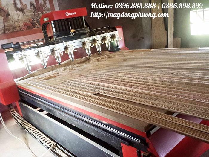 Máy CNC đục gỗ vi tính 2225-8-2Z