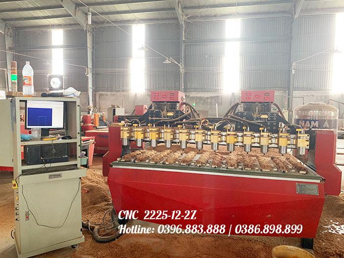 Máy khắc CNC 12 mũi