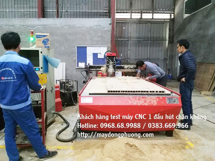 Máy cắt CNC hút chân không 1325-1