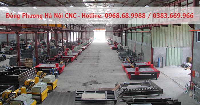 Máy CNC đục 3d Đông Phương