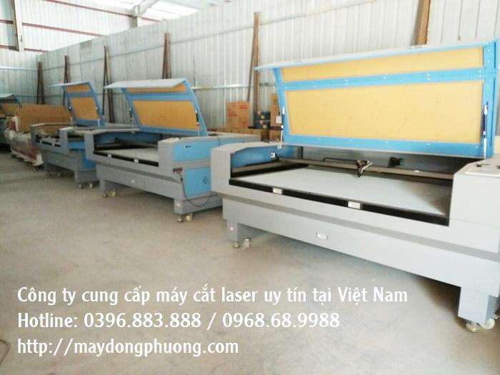 máy cắt laser Đông Phương
