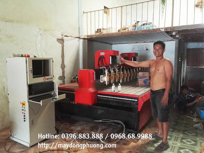máy cnc gỗ 12 đầu