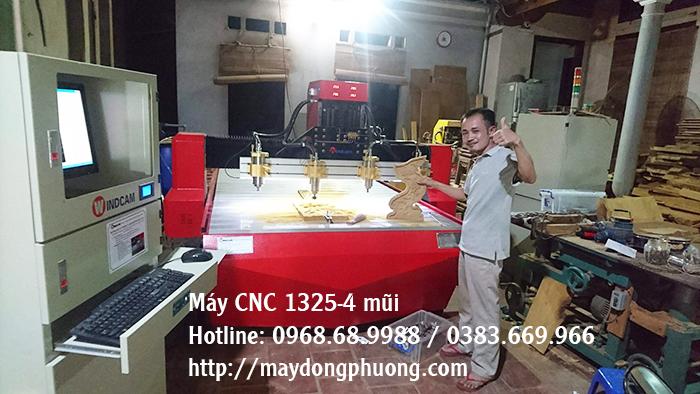 máy cnc khắc gỗ 4 mũi