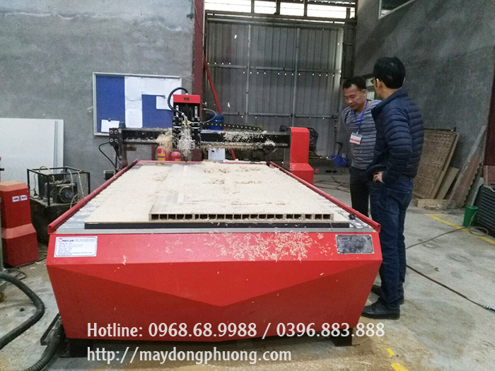 Máy CNC 1 đầu giá rẻ