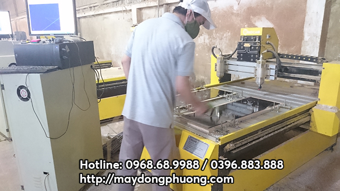 máy cnc mini 9015-2